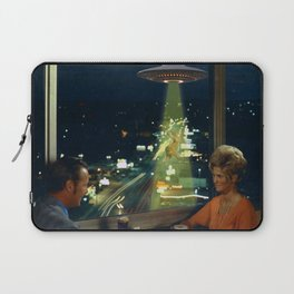 Meow! Cat abduction Laptop Sleeve