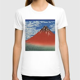 "Hokusai (1760–1849) ""Fuji, Mountains in clear Weather (South Wind, Clear Sky)(Red Fuji)"" T-shirt"