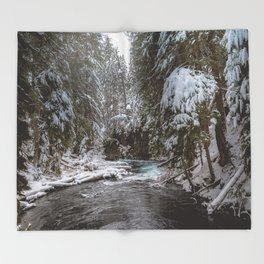 A Quiet Place - Pacific Northwest Nature Photography Throw Blanket