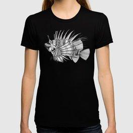 fish mirage black white T-shirt