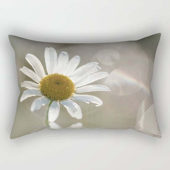 Daisy in dreams Rectangular Pillow