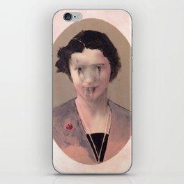 Damen II iPhone Skin