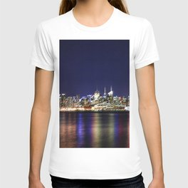 Midtown Manhattan Reflecting on the East River Landscape Painting by Jeanpaul Ferro T-shirt
