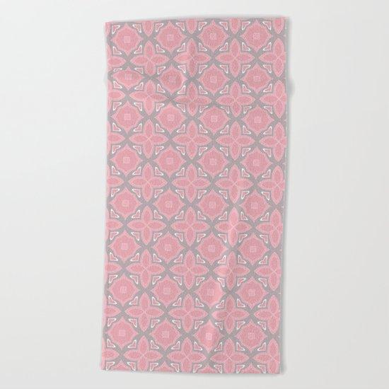 Fashionable pink and grey geometric pattern Beach Towel