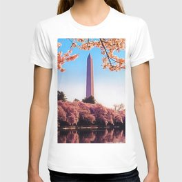 Spring Cherry Blossoms at the Washington Monument Portrait Painting T-shirt