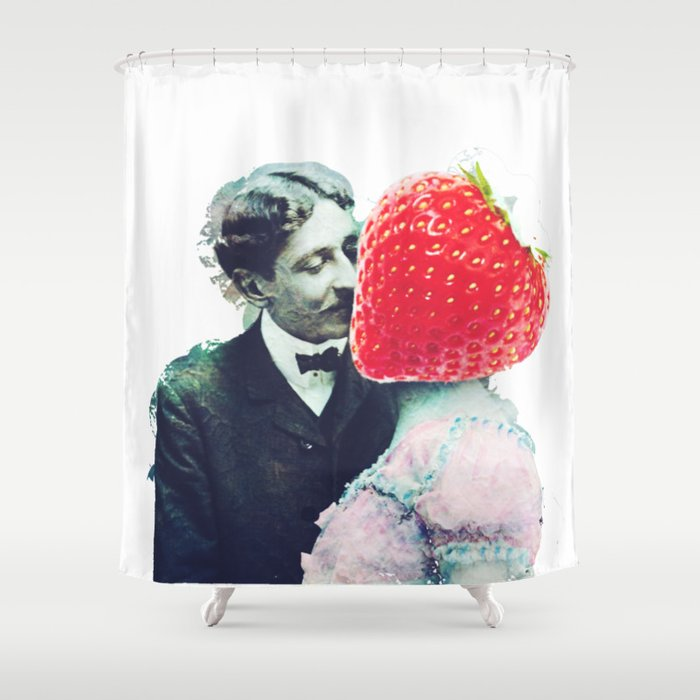 Strawberry love Shower Curtain