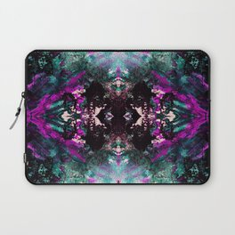 Textured Graffiti Print Laptop Sleeve