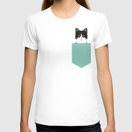 Quinn - Cute black and white cat tuxedo cat gifts for cat lady gift ideas cell phone case with cat T-shirt
