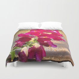 Snap dragon Duvet Cover