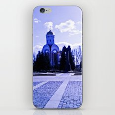 Monument in the distance. iPhone & iPod Skin