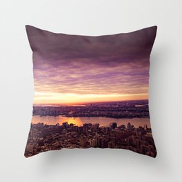 purple sunset New York Throw Pillow