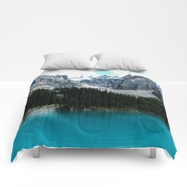 Moraine lake Wander (landscape) Comforters