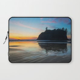 Ocean Dreams - Sunset Silhouette Along Ruby Beach in Washington Laptop Sleeve