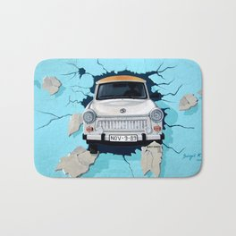 Taxi Breaking The Wall Bath Mat