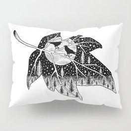 Winter night scene ravens Pillow Sham