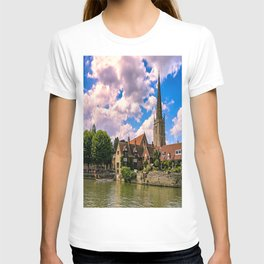 Along the Thames. T-shirt