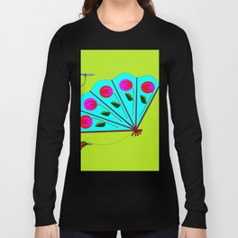 A Fan with Roses and a Dragon Fly Long Sleeve T-shirt