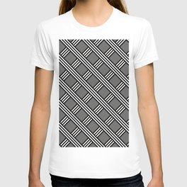 Pantone Pewter, Black & White Diagonal Stripes Lattice Pattern T-shirt