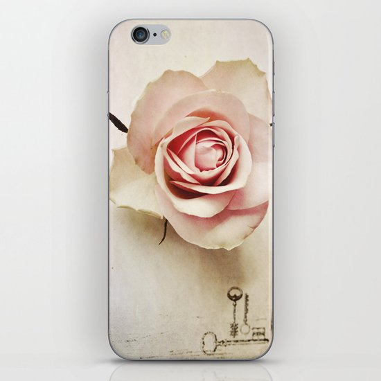 Keys To Your Heart  iPhone & iPod Skin
