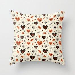 I Heart Fall Pattern Throw Pillow