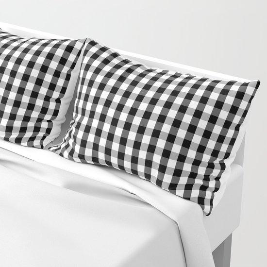 Classic Black & White Gingham Check Pattern by podartist