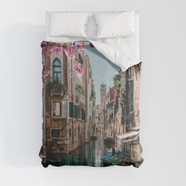 Spring Venice emerald canal with old building  Comforters