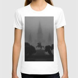 New Orleans, Jackson Square in fog, French Quarter black and white photograph / black and white photography T-shirt
