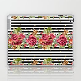 Elegant Christmas - apple, cinnamon & rose Laptop & iPad Skin