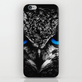 Blue eyes owl iPhone Skin