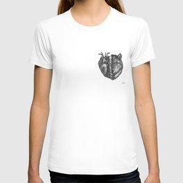 Homo homini lupus T-shirt