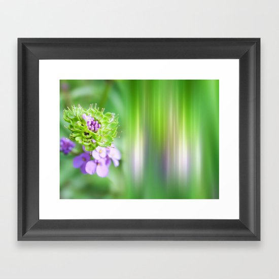 VERDE - Abstract green flower Framed Art Print