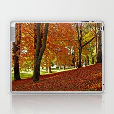 Blanket of leaves Laptop & iPad Skin