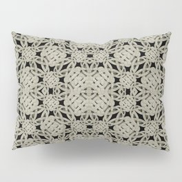 Interlace Arabesque Pattern Pillow Sham