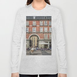 Relaxing cup in Plaza Mayor, Madrid Long Sleeve T-shirt