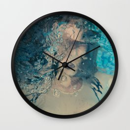 Desdibujada Wall Clock