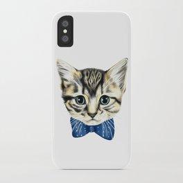 Un petit chaton iPhone Case