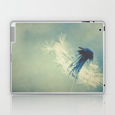 to live's to fly Laptop & iPad Skin