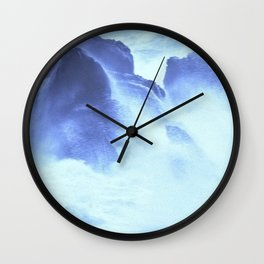 Waves 70 knots Wall Clock