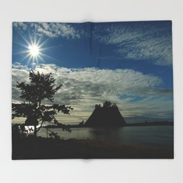 When The Sun Goes Down Throw Blanket