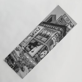 Times Square III Special Edition I (black & white) Yoga Mat