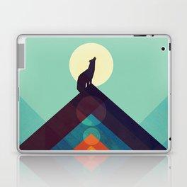 Howling Wild Wolf Laptop & iPad Skin