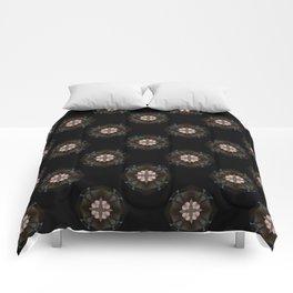 Beige Cross Flower Pattern Comforters