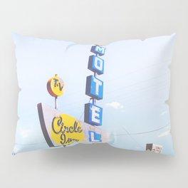 Circle Inn Pillow Sham