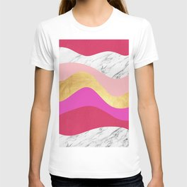 Undulating texture V T-shirt