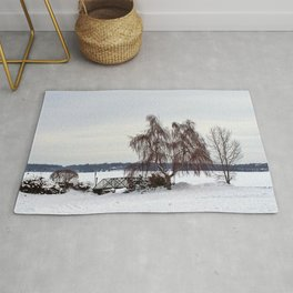 Weeping Willow on the Frozen Lake Rug