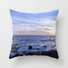 Salsedine al tramonto. Throw Pillow