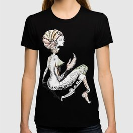 A woman as sign Cancer T-shirt