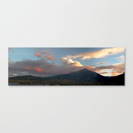 Chasing Sunsets Canvas Print