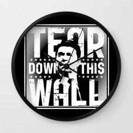 Ronald Regan : Tear Down This Wall Wall Clock