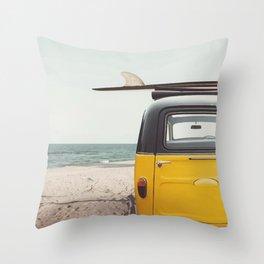 Summer surfing Throw Pillow